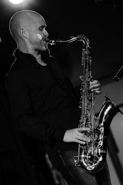 Le Saxophoniste du groupe Jazz Cocktail, lors d'un mariage à Genève